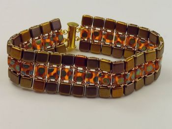 Armband in Goldtönen