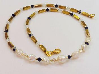Halskette mit Barockperlen