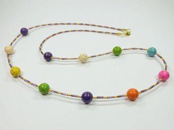 Zarte variable Halskette mit bunten Steinen