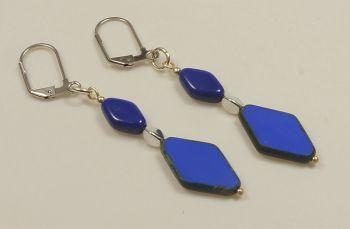 Ohrhänger in kobaltblau